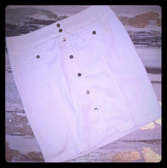 Jones New York Dresses & Skirts - JONES NEW YORK Women's Denim Skirt